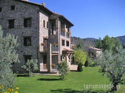 El Prau de Vidal I es una casa que pertenece a la red de alojamientos de Turismo Verde de Huesca.